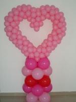 сердцечко розовое на подставке