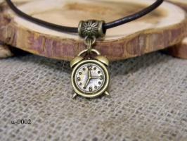 Кулон «Часы»