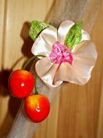 Вкусный комплект «Цветущая Черешня»: юбочка и аксессуар в прическу для Вашей дочки. Творчество Аллы Яковенко