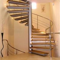 Винтовые лестницы из нержавеющей стали