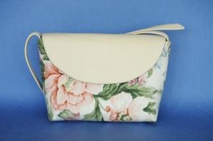 Маленька жіноча сумочка