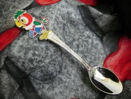 Детская сувенирная ложка Попугай Кеша. Серебро + эмаль.