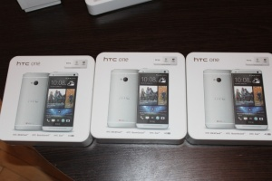 HTC One M7 32gb Dual Sim Серебро