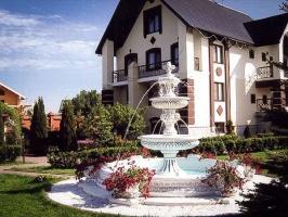 Фонтан садовый и парковый, бетонный для сада, двора, парка, дачи
