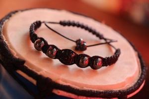 Мужской браслет Шамбала «Мистер Х» талисман для водителей и туристов, улучшает здоровье, гематит лечит сердце. Недорого!