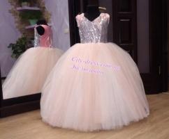 Прокатное нарядное детское платье П074