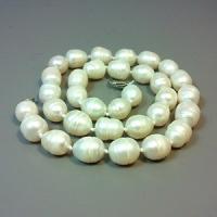 Бусы из натурального белого жемчуга-грушки «Наслаждение»