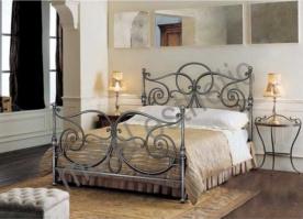 Кованая кровать «Лозанна» с двумя спинками.