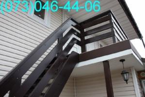 монтаж деревянных лестниц