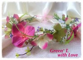 Віночок «Рожево-зелена гортензія в красивій симфонії з конвалією»