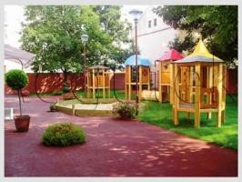 Детские площадки с безопасным резиновым напольным покрытием под ключ