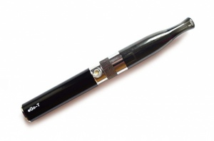 Электронная сигарета eGo (650 mAh) с двухспиральным, полуобслуживаемым клиромайзером TANGO 1.6мл - в ассортименте