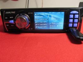 Автомагнитола Alpine 3015A 1DIN, LCD, DivX, USB, SD, MP3, MP4