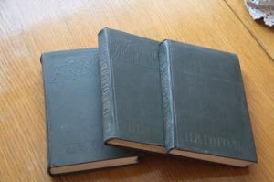1012 Н.В.Гоголь Собрание сочинений. 2,3,5 т. 1959 г.
