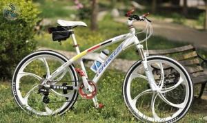 Элитный Велосипед BMW Crosstar White на литых дисках