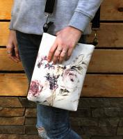 Молодежная женская сумка «Винтажные цветы»