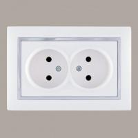 Розетка двойная с защитными шторками LXL «Tesla» белый/хром (3621)