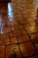 Плитка из дерева для внутреннего и наружного оформления под заказ