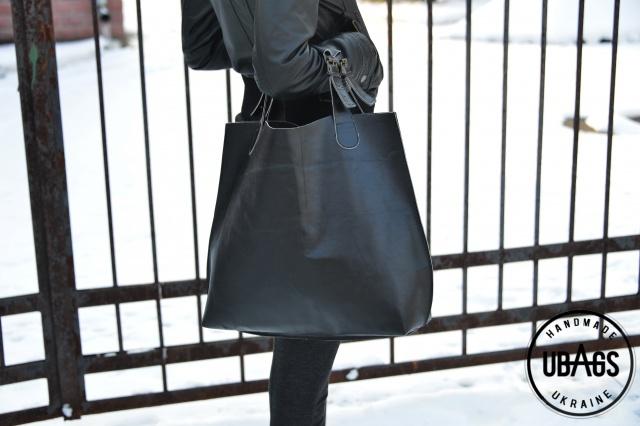 f93d7391b4de Большая женская сумка UBAGS черного цвета, сшита из плотной, натуральной  кожи.