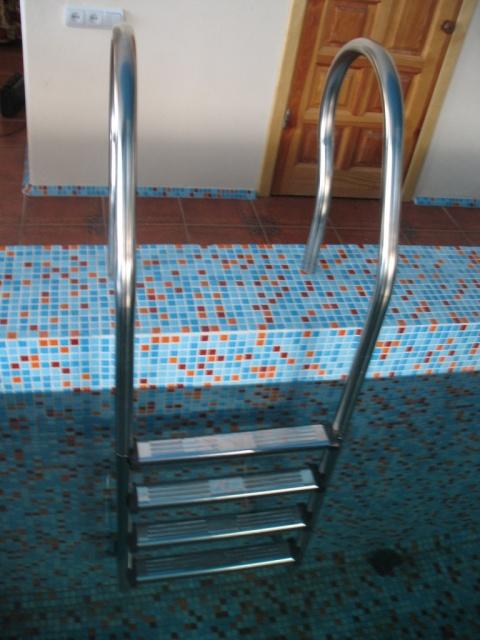 Лестница модель Mixta 3 ступени для бассейна, купели