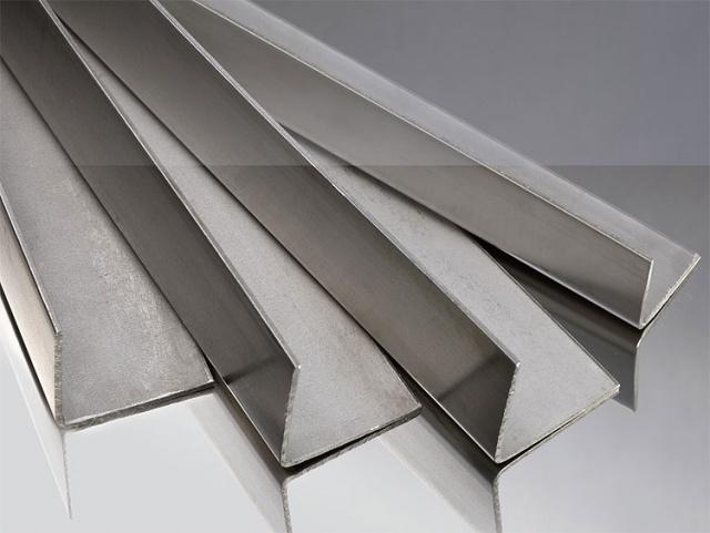 Использование алюминиевых уголков