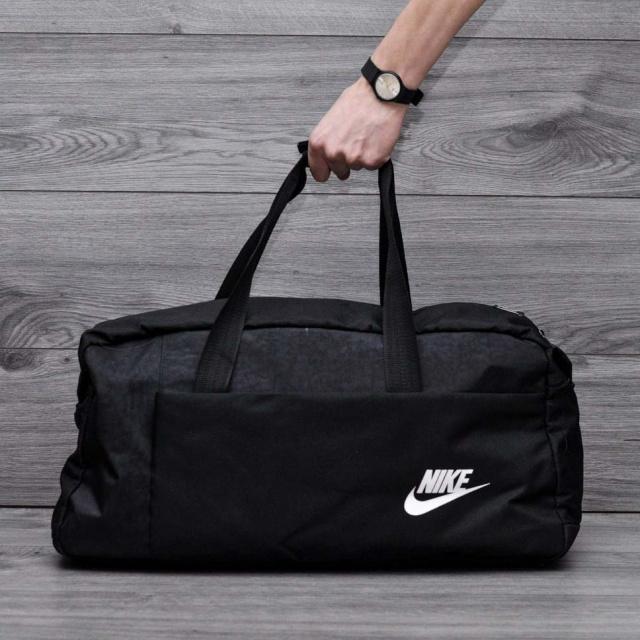 4d6dc7ff4916 Спортивная, дорожная сумка найк, nike с плечевым ремнем. Черная ...