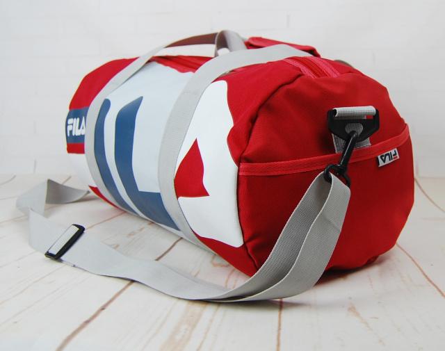 b5231e8d44e7 Небольшая красивая спортивная сумка бочонок Fila. Размер 44см на 23 КСС12-1|escape.  Смотреть ...
