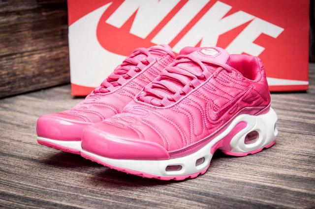Кроссовки женские в стиле Nike Air Max Tn plus 93dfc336479e5