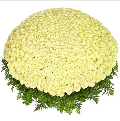 Корзина цветов «Счастливый вечер»
