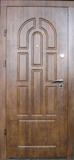 Двери входные из металла, наладка МДФ+порошковая покраска,один лист металла.
