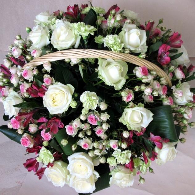 Корзина подарочная «Корзина роз»