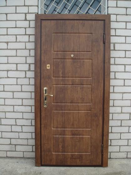 Двери входные из металла,МДФ накладка+кож винил.два листа металла.