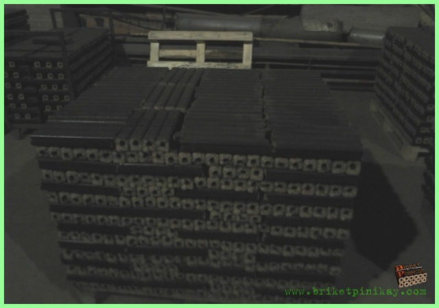 Топливные брикеты Pini Kay (Дуб,Бук,Граб,Сосна)