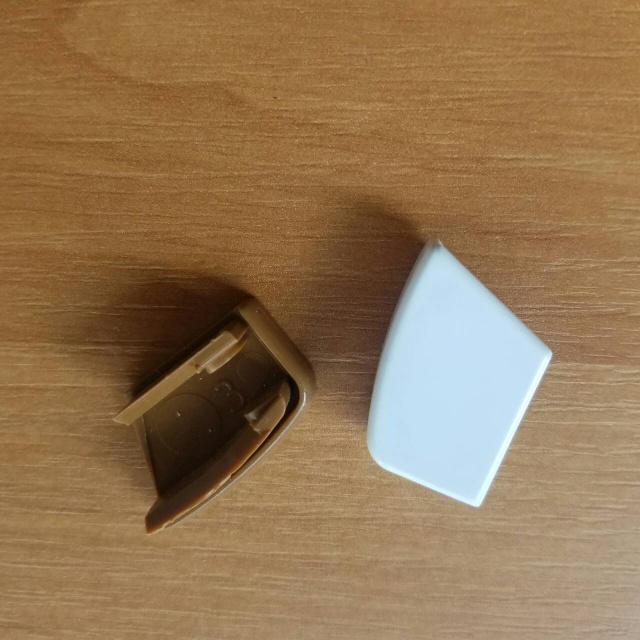 Заглушка П - образної направляючої для тканинних ролет.