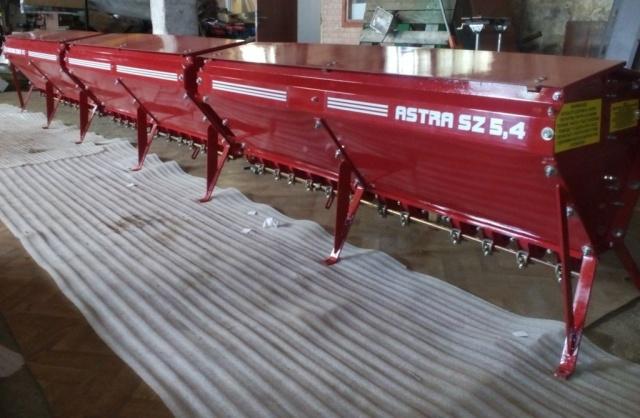 Бункер зерновой на сеялку СЗ - 3,6 в сборе