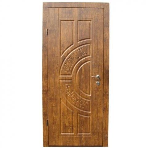 Двери входные из металла,МДФ накладка + пленка ПВХ,два листа металла.